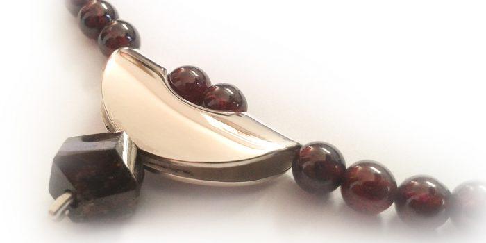 collier granaat